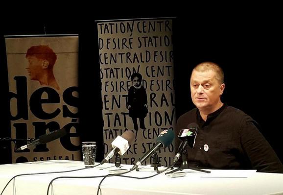 Andraš Urban na konferenciji za medije u Subotici