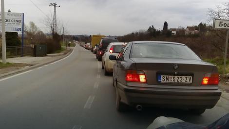 Saobraćajni kolaps u Novom Sadu