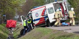 Tragiczny wypadek z udziałem karetki. Nie żyją dwie osoby, cztery są ranne