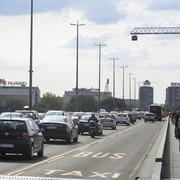 Žuta traka na Brankovom mostu