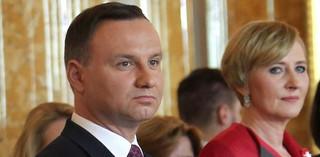 Nie tylko podwyżki dla rządu Szydło. PiS wprowadza wynagrodzenie dla żony prezydenta