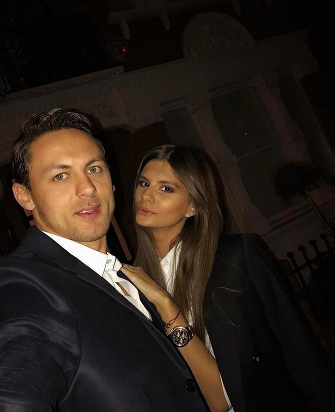 Divan par: Aleksandra i Nemanja Matić