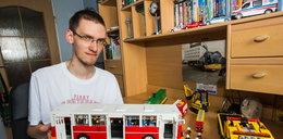 Buduje cuda z lego. FILM
