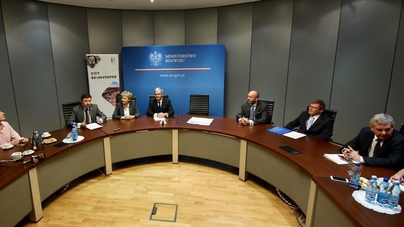 Podpisanie w Ministerstwie Rozwoju listu intencyjnego z przedstawicielami dużych firm