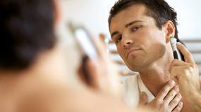 Ile czasu mężczyzna spędza przed lustrem?