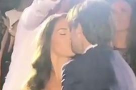 OTRKIVAMO SVE DETALJE SA SVADBE PEVAČA: Poljubac i prvi ples, a onda je MLADOŽENJA ODUŠEVIO SVOJU DRAGU