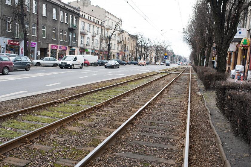 Ochroniarz wpadł pod tramwaj w Częstochowie. Gonił złodziei