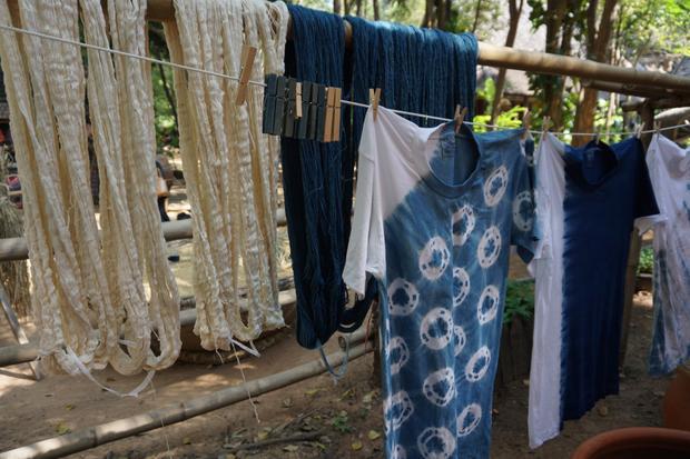 Farbowanie tkanin barwnikiem z indygowca