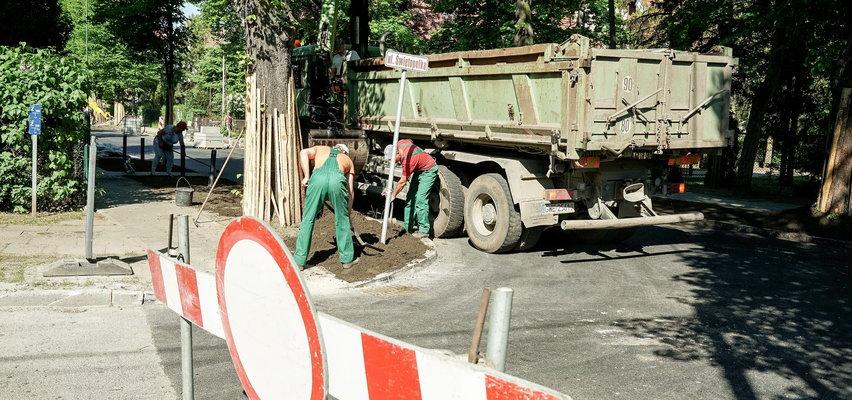 Uwaga kierowcy! Drogowcy zamykają Piastowską. Ruszył remont