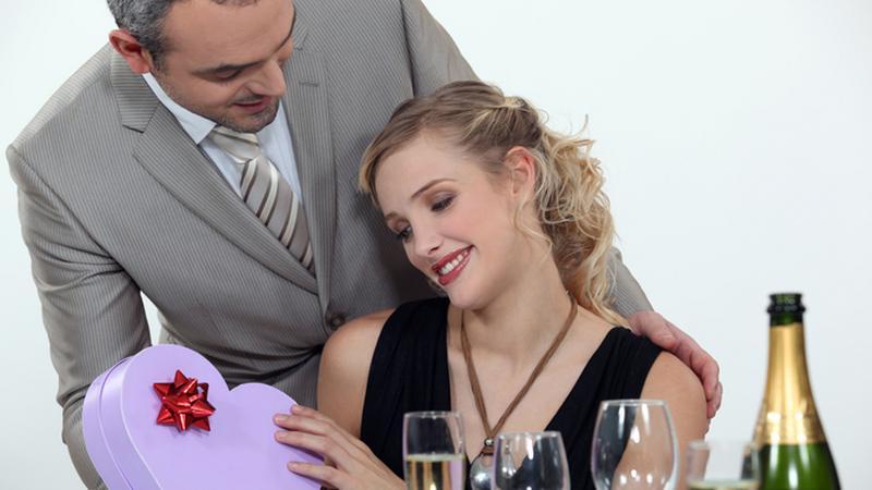 A nárciszta randi szakaszai