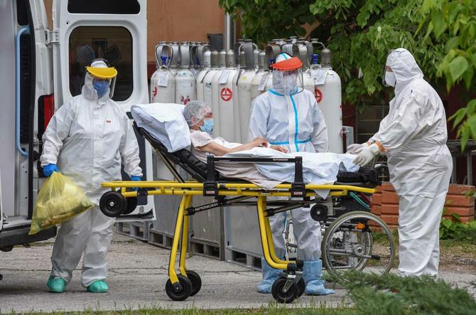 Medicinski radnici  sa Infektivne klinike Kliničkog centra u Kragujevcu