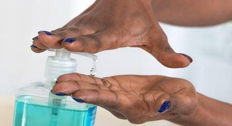 Here are the 7 things you need to make hand sanitizers at home (es123rf)