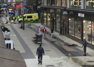 MSZ: Ustalamy, czy wśród ofiar w Sztokholmie są Polacy