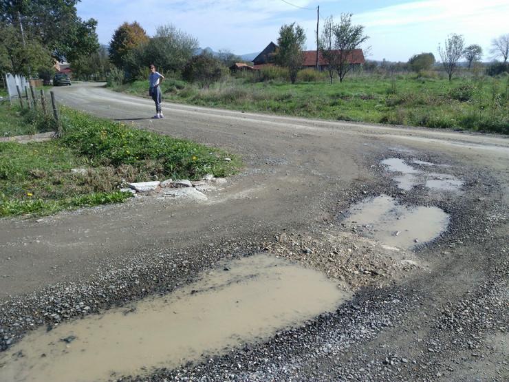 Aerodromska ulica Prijedor rupe