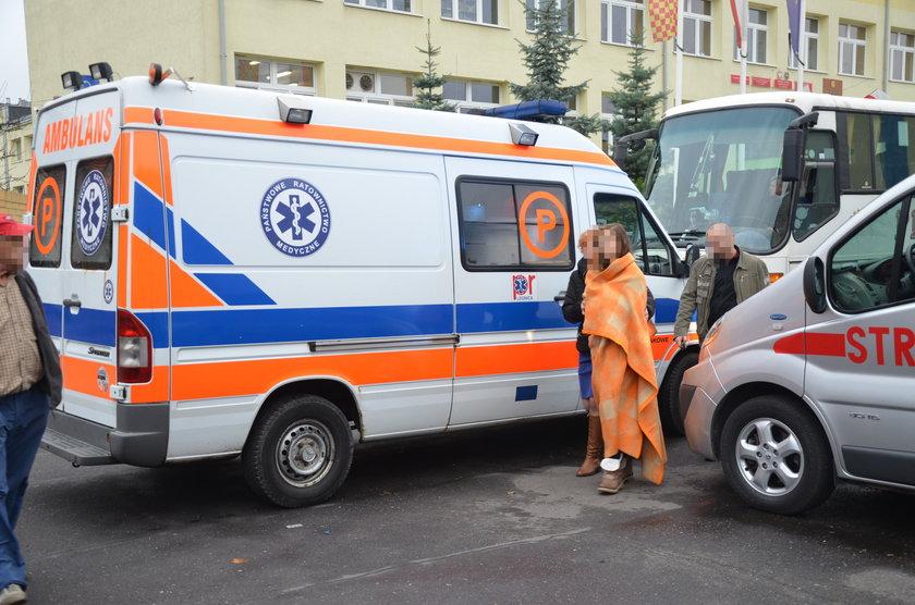 Ewakuacja dzieci ze Szkoły Podstawowej nr 7 w Lubinie