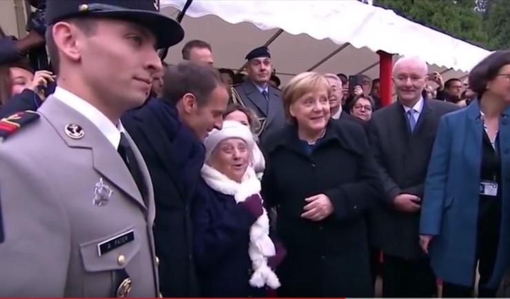 Merkel Makron i bakica