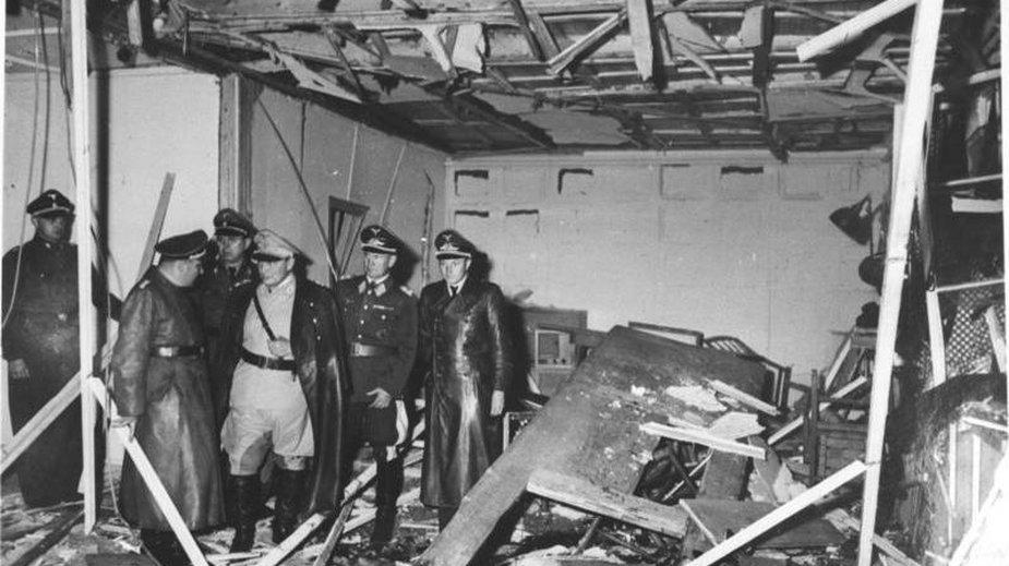 Sala konferencyjna w Wilczym Szańcu zniszczona podczas zamachu w lipcu 1944 roku