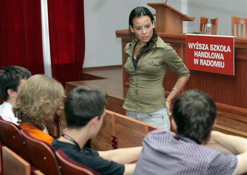 Mucha została nauczycielką!