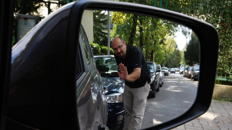 Czy warto zamontować czujniki parkowania? To jest tańsze niż myślisz!