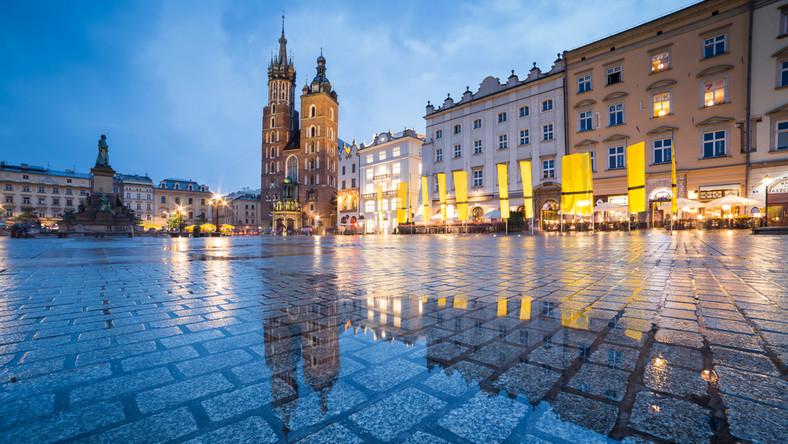 Kraków nad finansową przepaścią. Miasto prosi rząd o pomoc ...