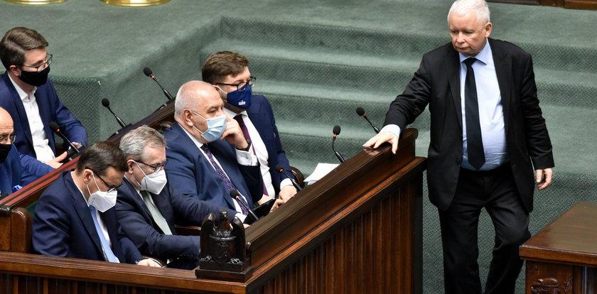 Jarosław Kaczyński szykuje się do zmian w rządzie i ma plan na zdobycie trzeciej kadencji
