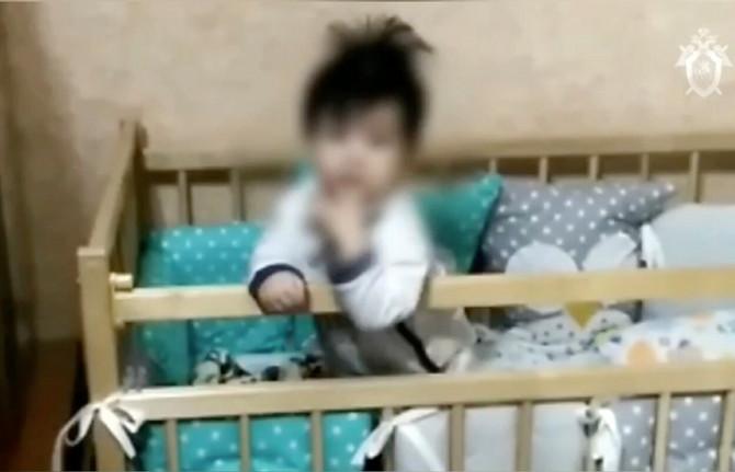 Brojne surogat bebe su Rusiji su prosto - isparile