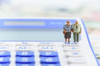 'Trzynasta emerytura obroniona'. PiS zapewnia o wypłacie świadczenia