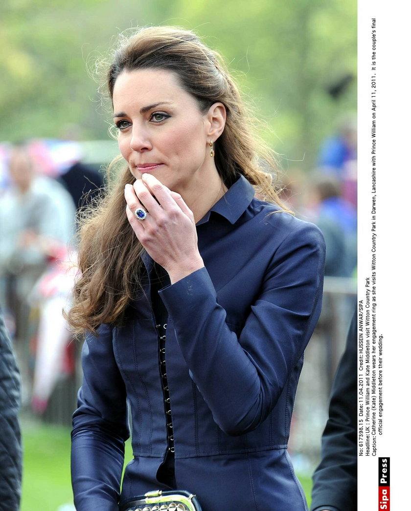 Pierścionek zaręczynowy Kate Williams