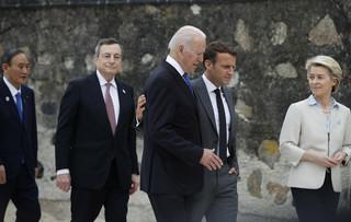 Bruksela i Waszyngton chcą nowego początku we wzajemnych relacjach
