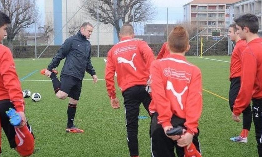 Rooney za karę pracował z dzieciakami