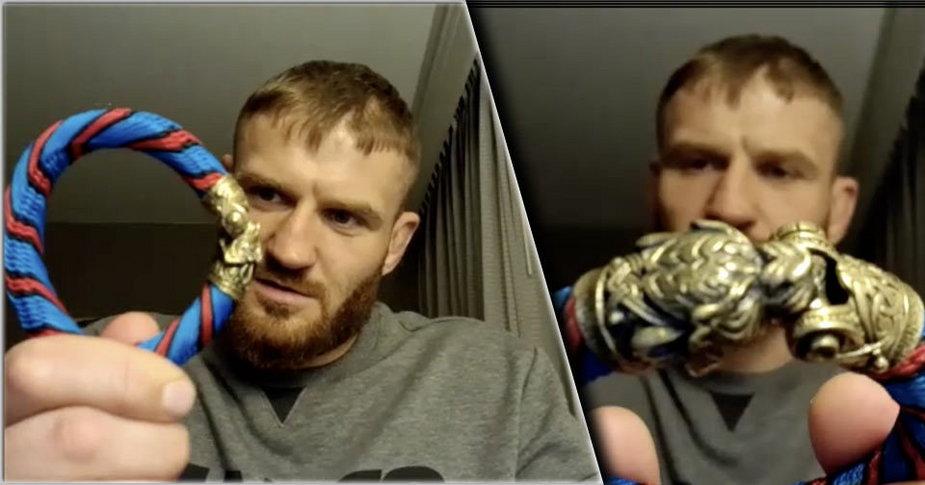 Błachowicz pokazał niesamowity talizman na walkę – bransoletę z liny wisielca