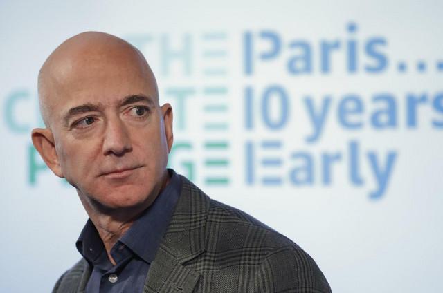 Fini bi rekao bogatašima poput Bezosa da nađu problem u svetu i ulože svoja sredstva u njegovo rešavanje