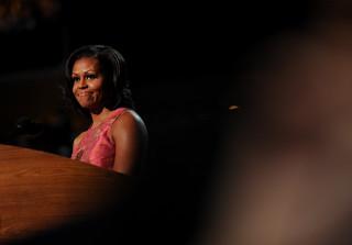 Michelle Obama atakuje Trumpa: Brak szacunku dla kobiet jest okrutny i przerażający
