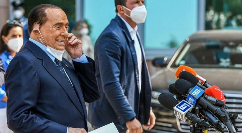Italy's Berlusconi leaves hospital after virus scare