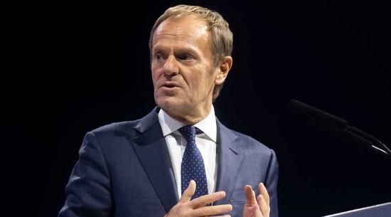 Tusk: To mechanizm powstrzymywania tej władzy przed kolejnymi szalonymi krokami