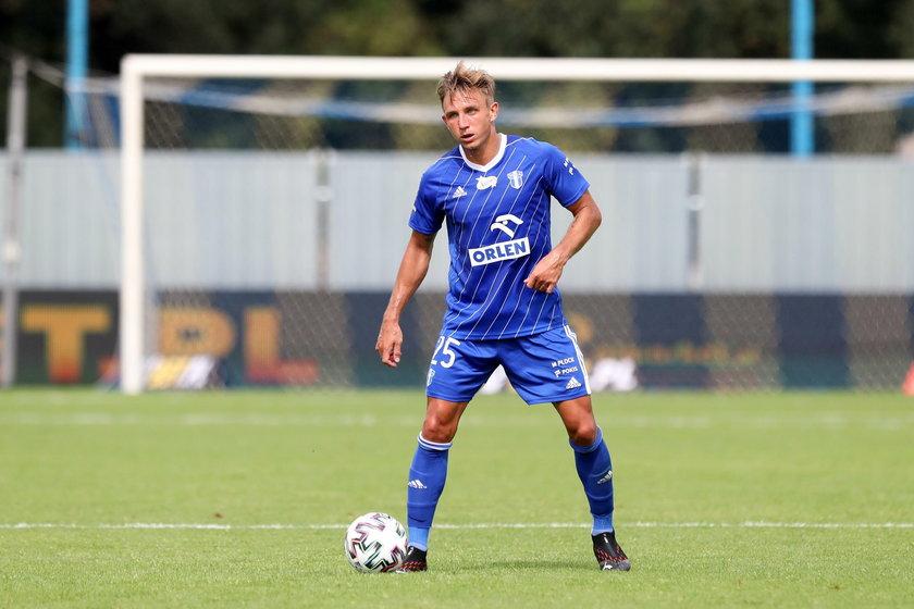 Jakub Rzeźniczak jest piłkarzem Wisły Płock od 2019 roku, ostatnio jednak nie grał