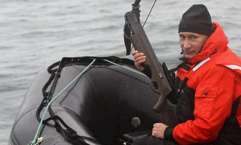 Putin z bronią! Na co poluje?