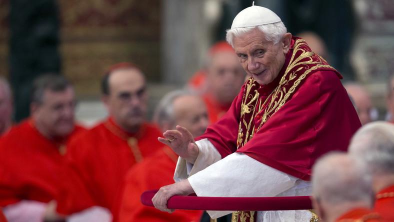 Brat papieża: Abdykacja nie przez intrygi