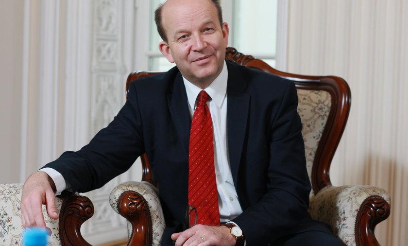 Minister zdrowi Konstanty Radziwiłł