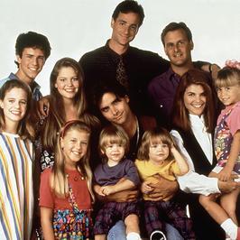 Spotkania po latach! Jak dziś wyglądają gwiazdy popularnych seriali?