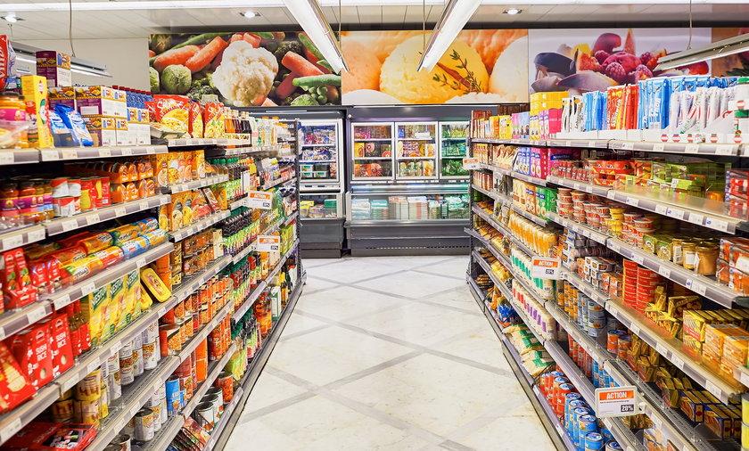Intermarche otworzy sklepy w niedziele niehandlowe. Będą działać jako placówki pocztowe.