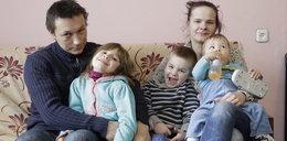 Eksmitują ich z piątką dzieci z pustostanu i grożą domem dziecka