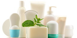 Masz resztki kosmetyków? Zobacz świetny sposób, by je wykorzystać
