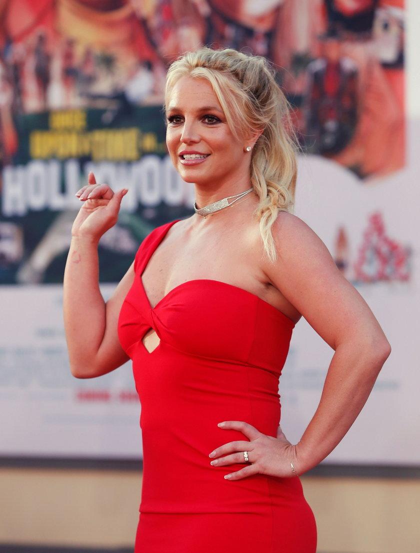 Britney Spears pod kuratelą ojca. Miała mieć podsłuch w sypialni