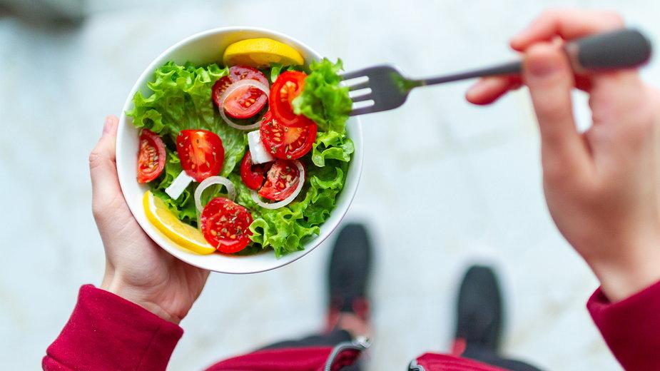 Adaptacja metaboliczna – jak organizm reaguje na deficyt energetyczny