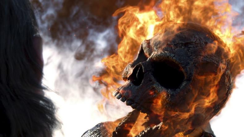 Tym razem Johnny Blaze, motocyklista z płonącą czaszką zamiast głowy, próbuje unicestwić samego diabła, który pragnie przyjąć ludzką formę
