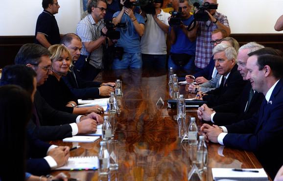 Vučić sa američkim senatorima