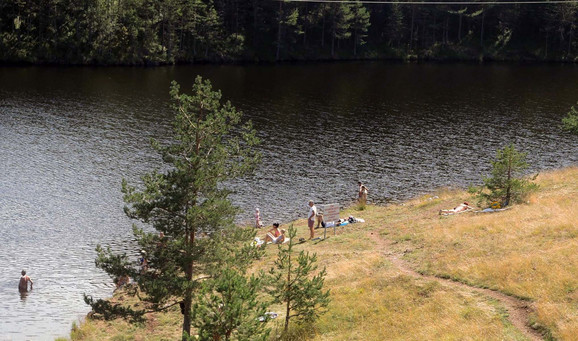 Jezero Ribnica u sastavu Parka prirode Zlatibor, dozvola za pecanje 4.000 dinara