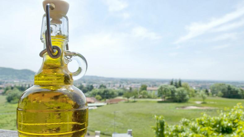 Oliwa z dodatkiem złota