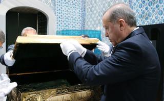 Turcja: Erdogan i jego partia prowadzą w wyborach